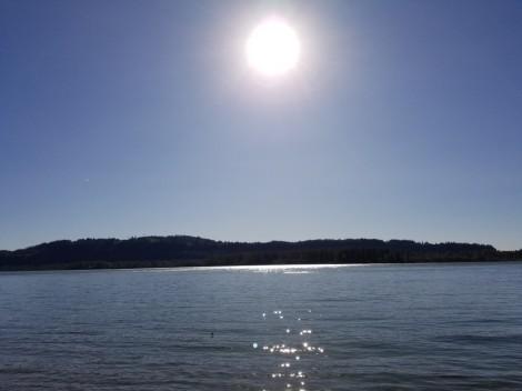Sun over Columbia River (Medium)